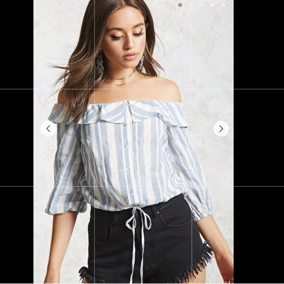 6ee9fdb690195 NWT Forever 21 Off the Shoulder Top